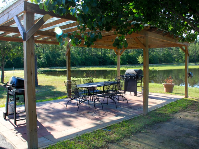 Woodland Lakes RV Park has a couple of pavilions with grills for guests to use.